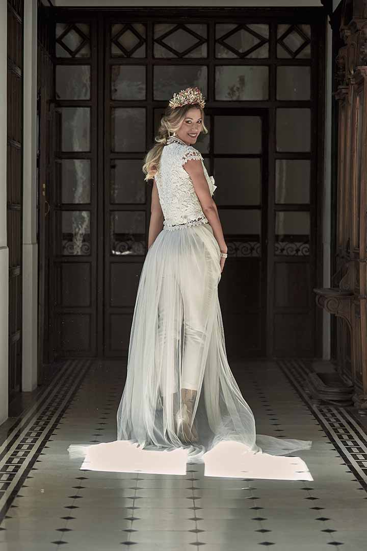 peinado de novia semi recogido 2020