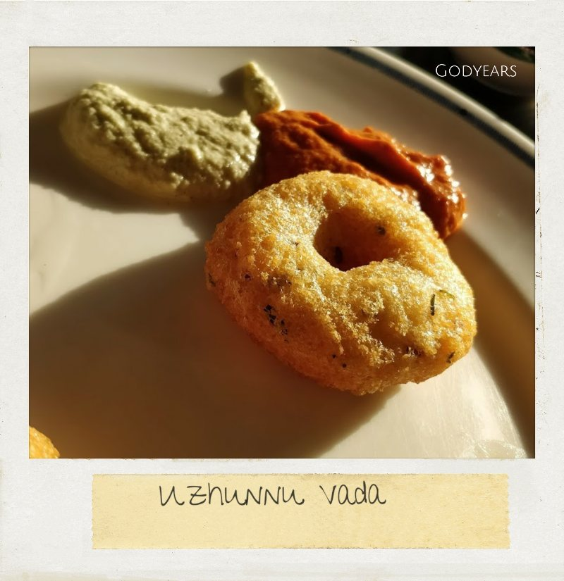 kerala breakfast - uzhunnu vada