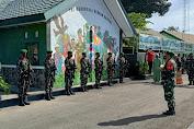 Sambut Jajar Kehormatan Prajurit TNI Atas Kunjungan Danrem 141 TP Di Makodim 1415 Selayar