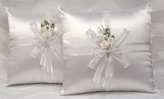 http://www.detallestodoparty.com/2016/03/wedding-kneeling-pillow-set.html