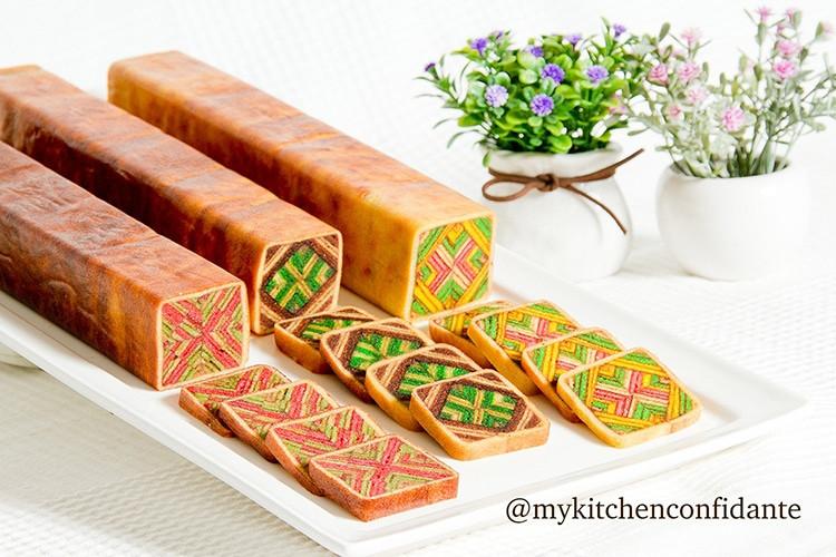 Malaysian Kek Lapis Sarawak, The layers cake with geometric patterns