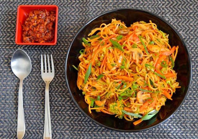 Schezwan noodles Delicious snacks recipe make at home