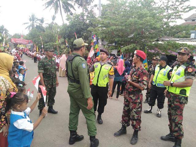 Babinsa Bayat Amankan Festival Batik Tingkat Kabupaten Klaten