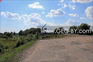 Знак ОАО ''Наднеман'' у въезда в Могильно