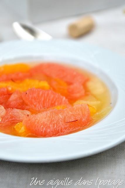 Soupe froide d'agrumes, vanille et safran