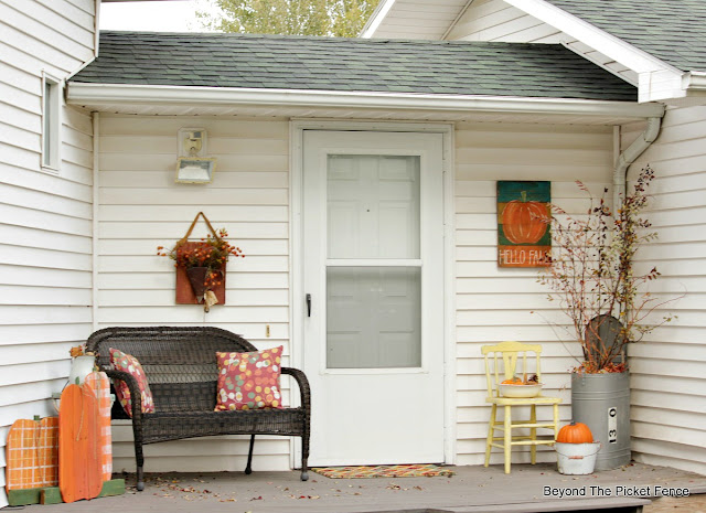 easy ways to decorate your outside space on a budget