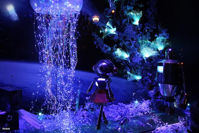vitrine  Illuminations de Noël des Galeries Lafayette