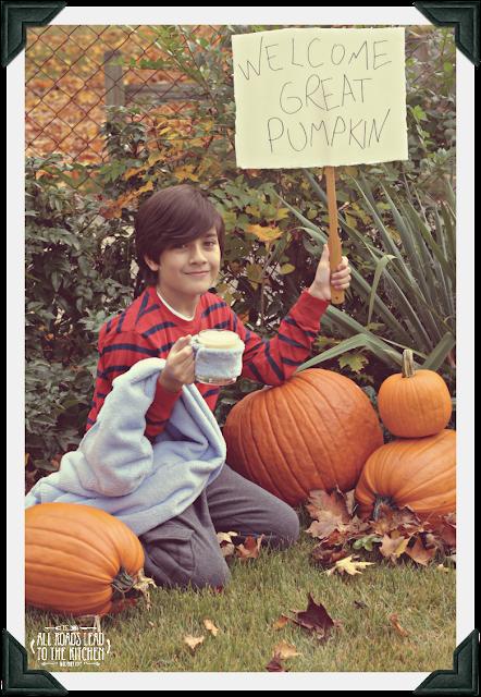 """Great Pumpkin"" White Hot Chocolate + DIY Linus's Blanket Mug Cozy"