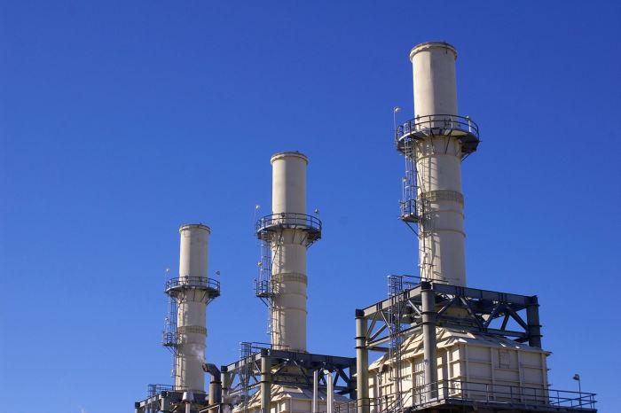Torres de destilacion industrial