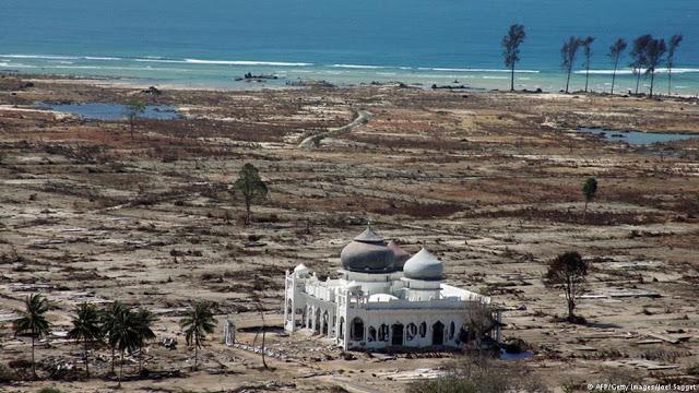 Begini Penjelasan Mengagumkan Ust Somad Mengapa Masjid Baiturrahman Tak Roboh Diterjang Tsunami
