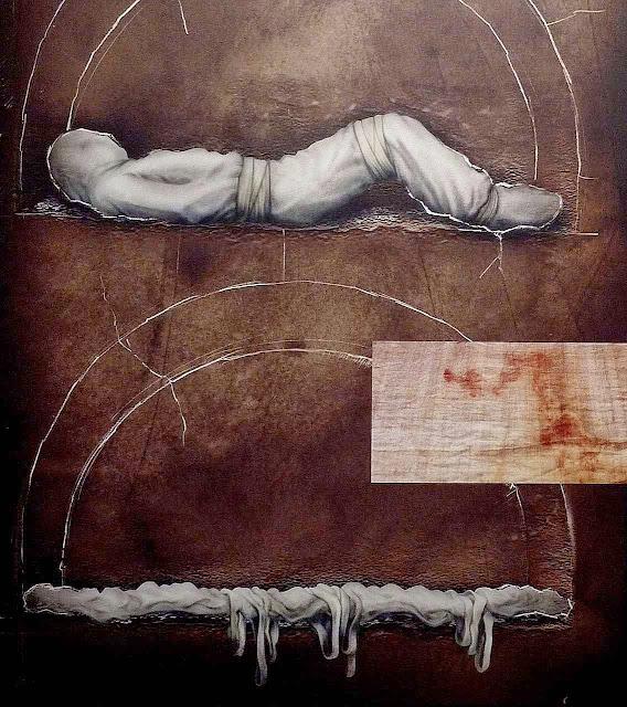 Os Sudários antes e depois da Ressurreição. O corpo saiu sem desamarrar as faixas. Foto exposição 'O homem do Sudário', em Curitiba.