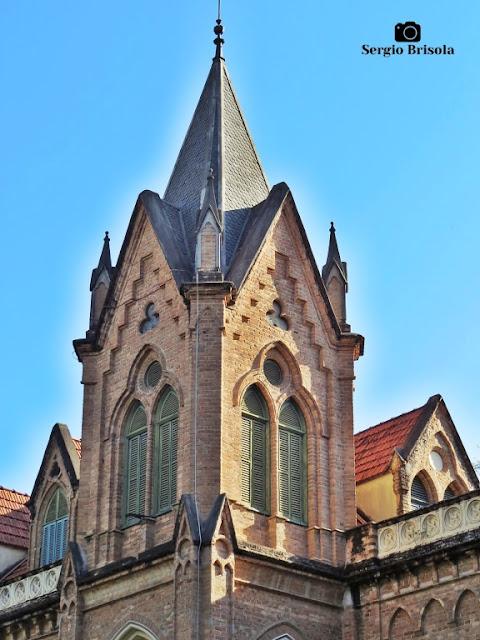 Close-up de uma das torres da Santa Casa de Misericórdia de São Paulo - Vila Buarque - São Paulo