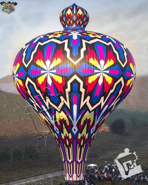 Sandu Mosaico - Pião de 64 metros