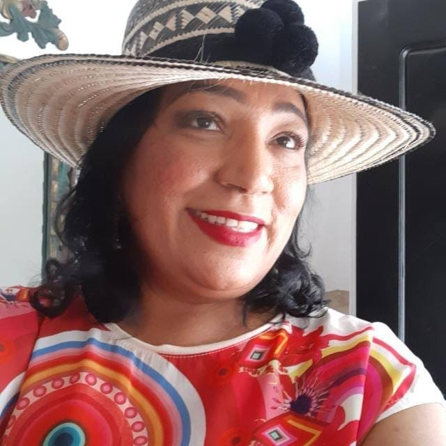 https://www.notasrosas.com/¡De Crisálida a Mariposa!