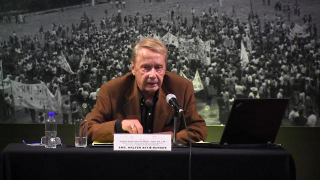 Falleció el embajador Walter Astie.Burgos