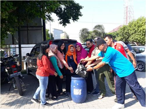 Gerakan Pungut Sampah Ajak Warga Sukodono Tidak Buang Sampah Sembarangan