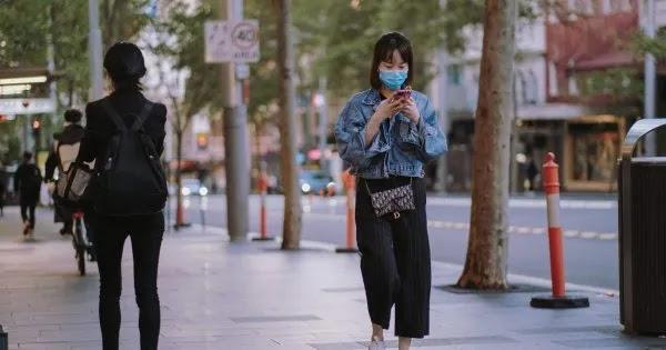 «Δεν θα βγάλετε ποτέ τις μάσκες»: Οι «ειδικοί» θέλουν μία ζωή με μέτρα για C0vid-19... χωρίς C0vid-19