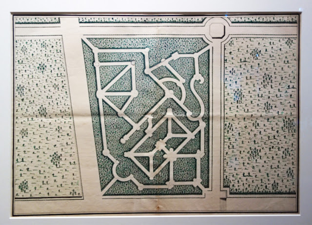 Plan de labyrinthe de Versailles, exposition Jardins, Grand Palais