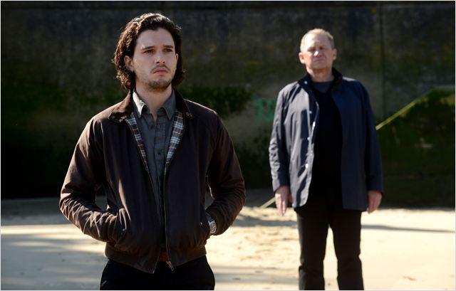 Harington y Firth en Doble Identidad