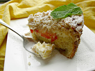 Strawberry Cheese Crumb Cake