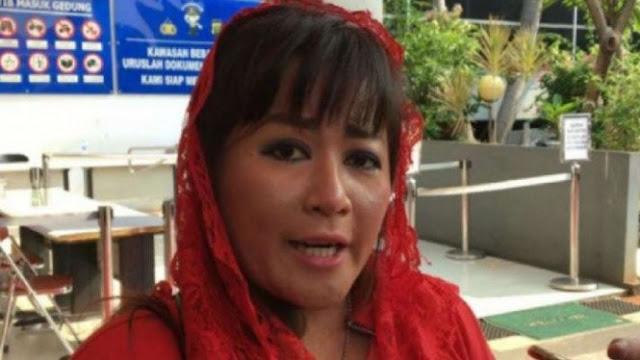 Tak Terima Dikatai 'Anjing Bangsat', Dewi Tanjung PDIP Laporkan Rekan Separtai ke Polisi