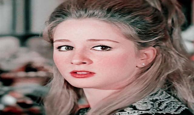 أين إختفت الفنانة نجلاء فتحي وأحدث ظهور لها
