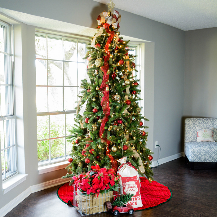 blending christmas decor styles mixing christmas decorations from years of collections can be tricky - Classic Christmas Trees