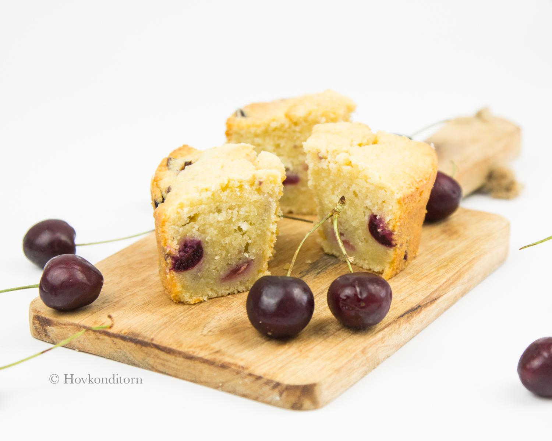 Hovkonditorn: Cherry Rum Bundt Cake