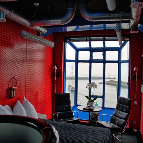 Harlingen Netherlands, Crane Hotel
