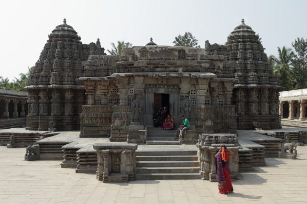 Somnathpur Keshava Temple - Offbeat Culture Getaway from Bangalore