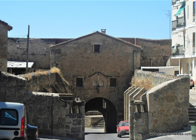 puerta de acceso a Ciudad Rodrigo