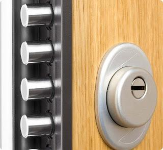 Tesa: instalación de cerraduras de sobreponer multipunto