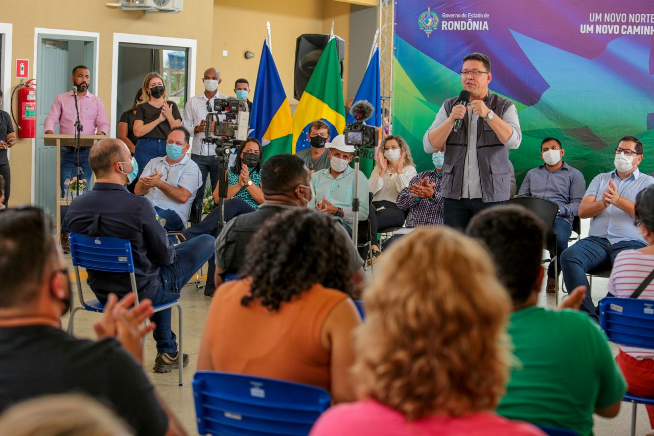 R$ 4.3 milhões: Marcos Rocha inaugura escola para atender população de Tabajara e Estrela Azul