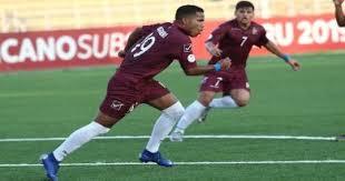 El Caracas FC venció este viernes por goleada 4-0 al  Gran Valencia