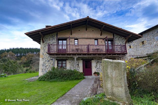 Casa Rural Etxegorri - Orozko, P.N. Gorbeia por El Guisante Verde Project