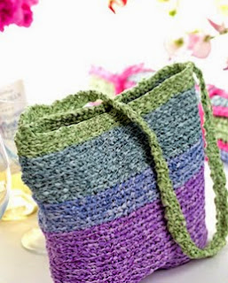 http://www.letsknit.co.uk/free-knitting-patterns/rollo_rag_bag