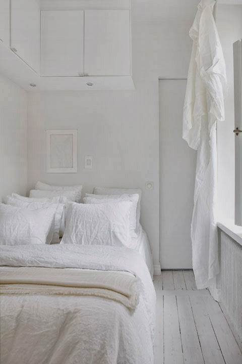 love white, espacios interiores y exteriores decorados en blanco