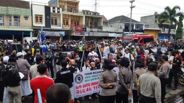 Ribuan Massa Gelar Aksi Bela Santri, Tuntut Denny Siregar Diadili