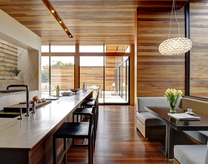 Interior of Sam's Creek Home by Bates Masi Architects