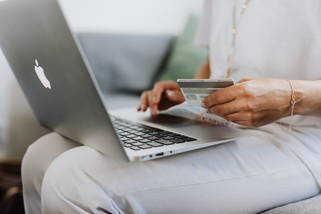 Cara Daftar Layanan PayLater (Traveloka, Gojek, & Indodana)
