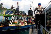 Perahu Nelayan KM Berazil II Tenggelam di Sumenep, 14 Orang Selamat Dan 3 Orang Belum Ditemukan