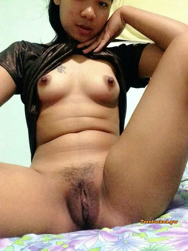 FOjuTSWJgYM wm - Asian young girl selfie black pussy hot pose 2020