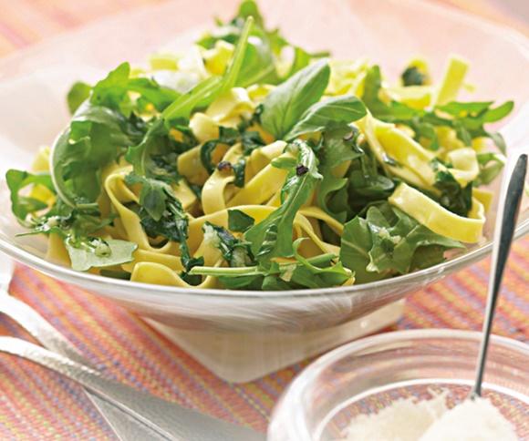 Salade De Roquette Et Tagliatelles
