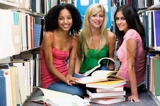 female%2Bstudent%2Bprint%2Bwardrobe%2B2 Wardrobe Tips for Female Commercial/Print Models