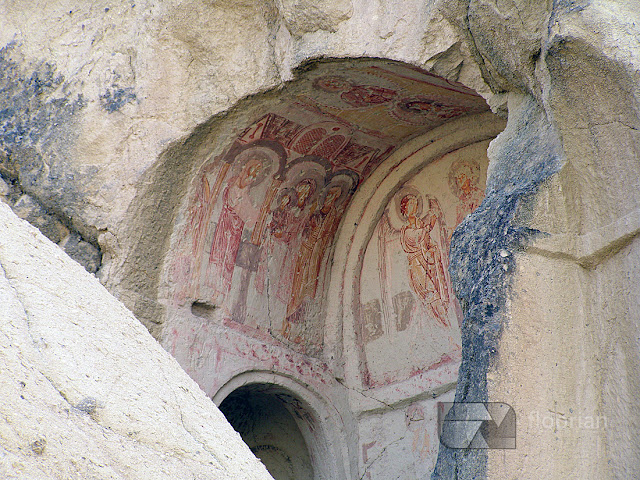 Kościoły w dolinie Dolina Göreme to jedna z największych atrakcji turystycznych w Kapadocji w Turcji.