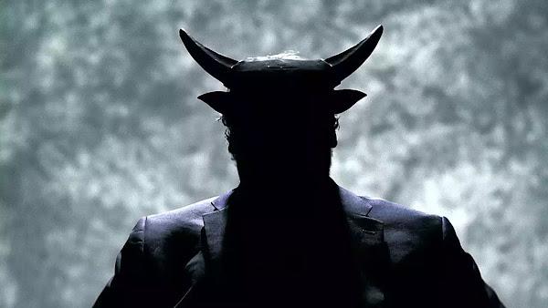 Christopher Lee: Υπάρχουν σατανιστές στο Χόλιγουντ – Προσέξτε την ψυχή σας