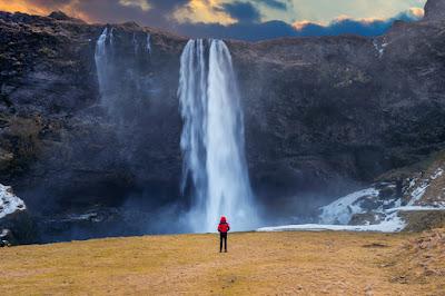Iceland day tours Seljalandsfoss waterfall