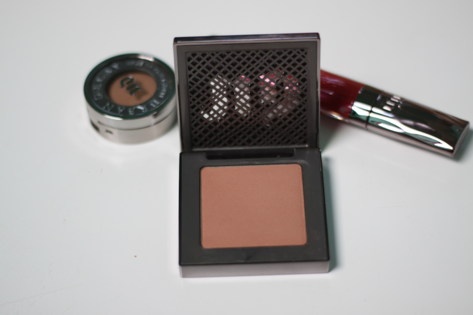 Urban Decay Afterglow in shade Video