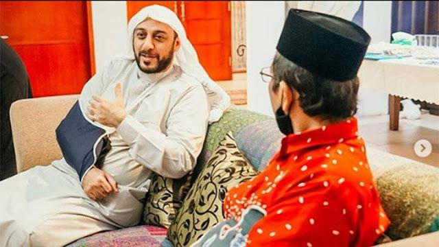 Syekh Ali Jaber Terharu dengan HRS: Sekelas Presiden atau Raja Arab saja tak Pernah Disambut seperti Itu