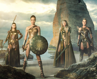gambar suprema wanita asal amazon wonder woman